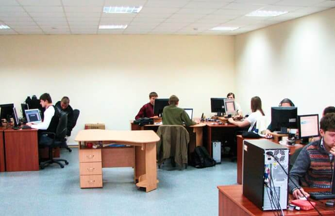 employees work in the office